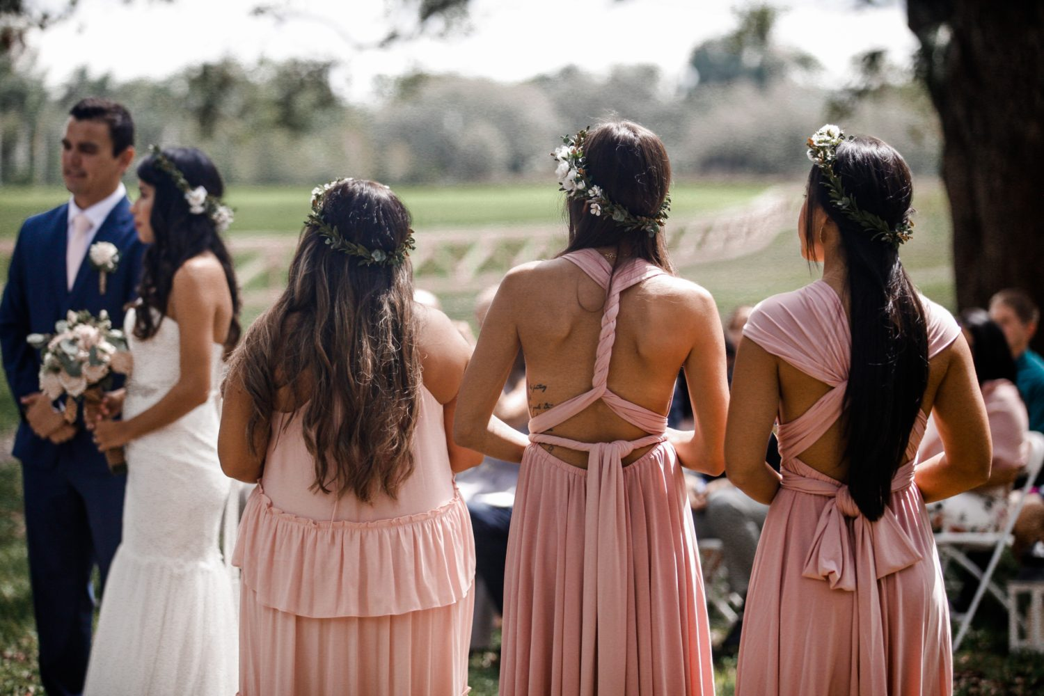 6 Things To Know When Choosing Mismatched Bridesmaid Dresses