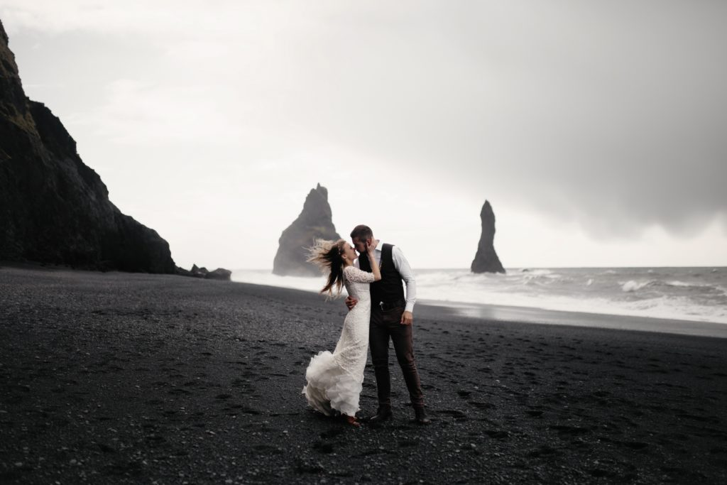 Best Places to Elope (And How to Do It)